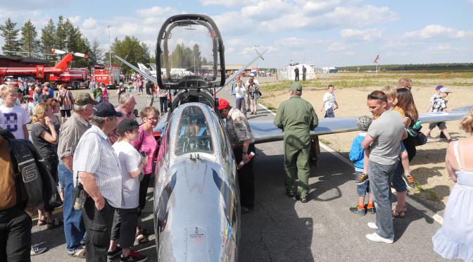 Arctic Airshow 6.6.2015 Sodankylän lentokentällä