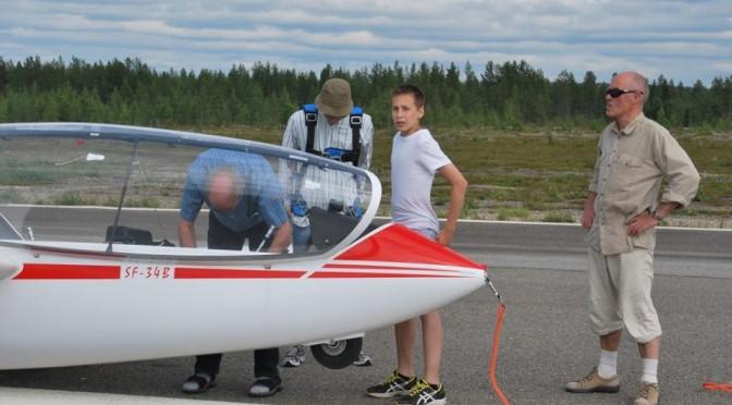 Haluatko oppia lentämään? Sodankylän Ilmailukerhossa onnistuu!